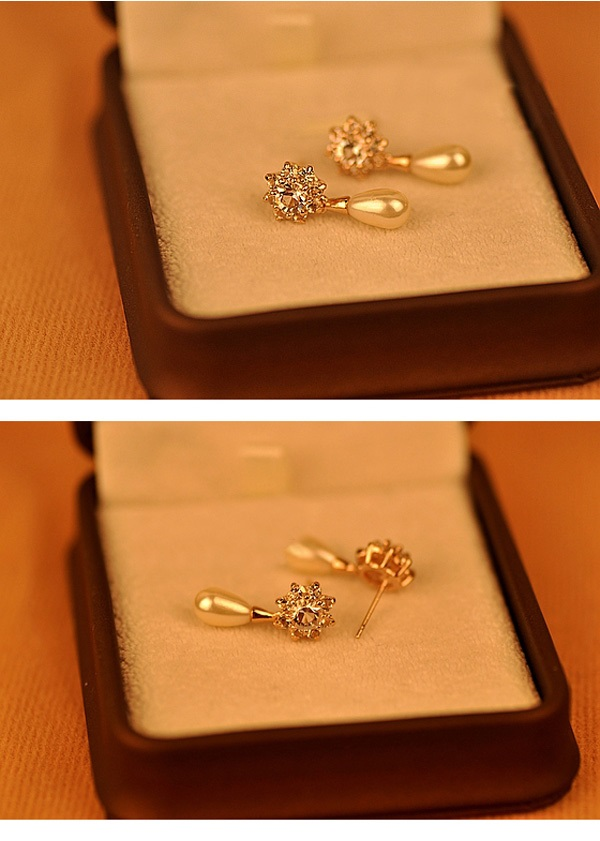 Korea CZ Zircon Pearl Earrings