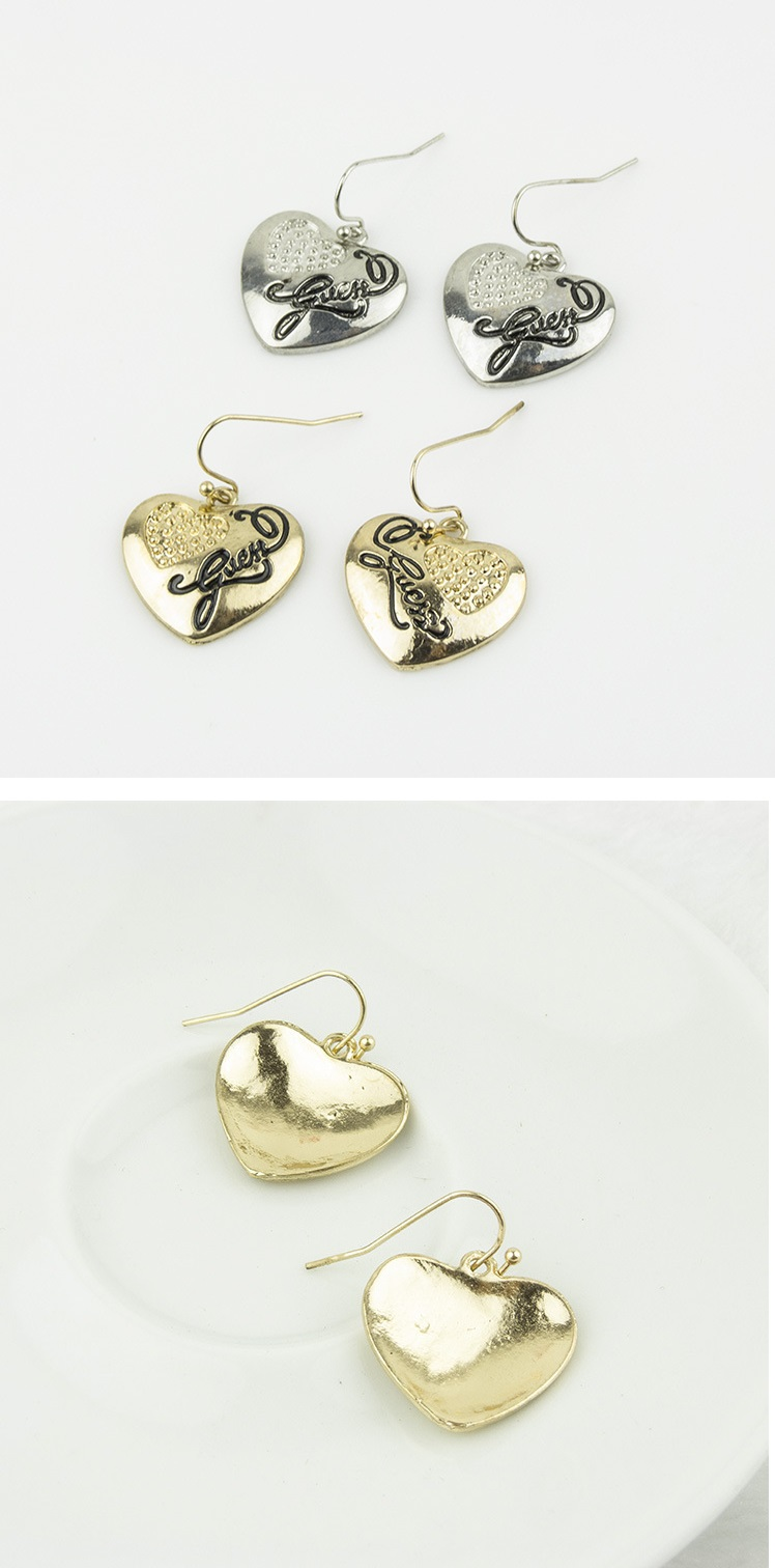 Gorgeous Heart Shape Earrings GOLD