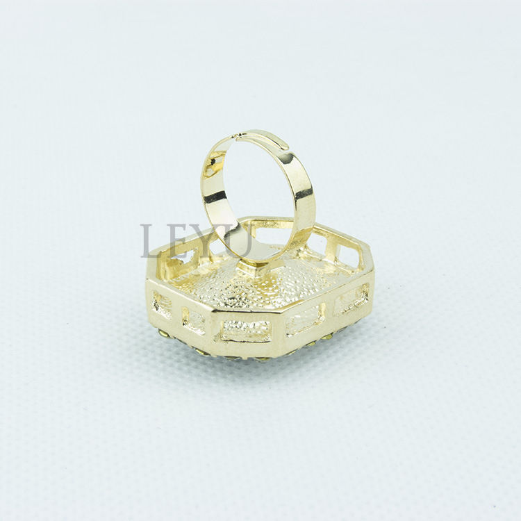 Fanqie Surface GemStones Inlaid Ring GOLD