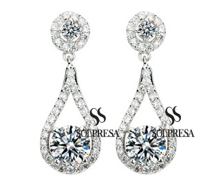 Solpresa Luxurious Roman Design Earrings WHITE
