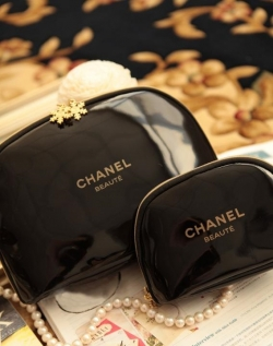 Clearance Gold Snowflake Cosmetic Bag SET