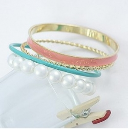 Four-storey Must have pearl colorful bracelet
