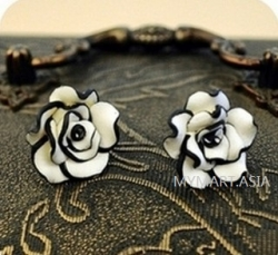 Clearance Korea Stylish Black White Rose Earrings