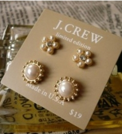 Classic Graceful Elegant Pearl Earrings