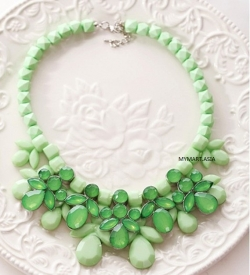 Korea Sweet Candy Gem Droplets Necklace GREEN