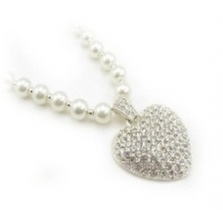 Classic Heart Love Shape Pearl Full Diamond Necklace