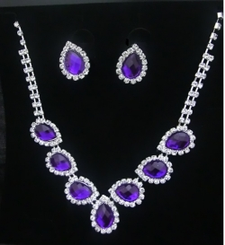 SALES Bridal Classic Elegant Diamond Necklace Earrings Set PURPLE